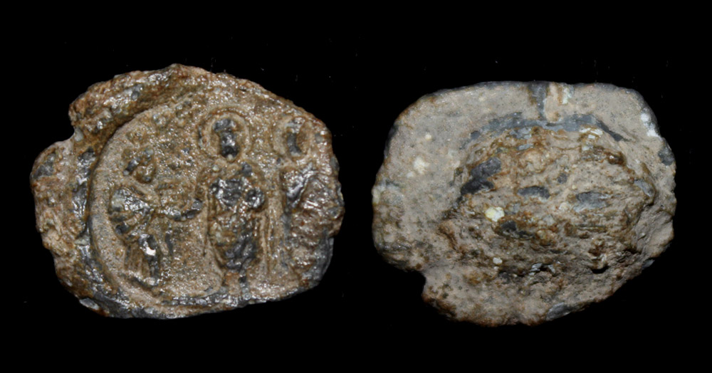 Byzantine Lead Seal, Two Emperors receiving Gift Cent AD