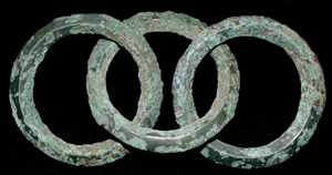 Bronze Age 3 Inter-twined Rings, Urnfield Culture c. 1000-800 BC